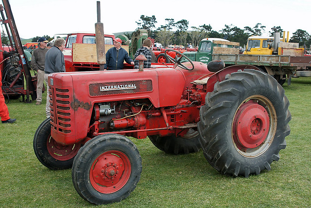 International 244 Tractor Diagram : International tractor autos post