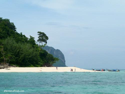 phi phi bamboo island