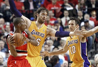 Los Angeles Lakers 2012- 2013