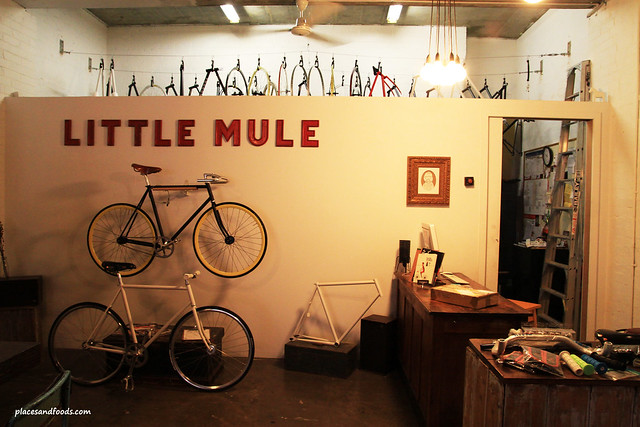 little mule coffee shop
