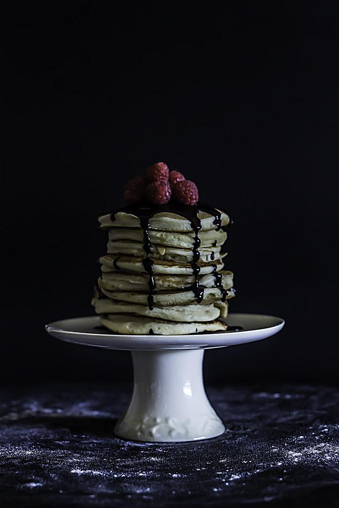 Pancakes whit Chocolate Sauce