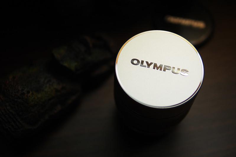 *Olympus ED 75mm f/1.8