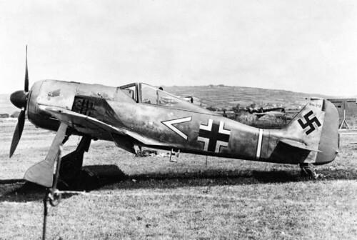 Focke-Wulf Fw 190 A-3 of 11-JG 2 after landing in the UK by mistake in June 1942.
