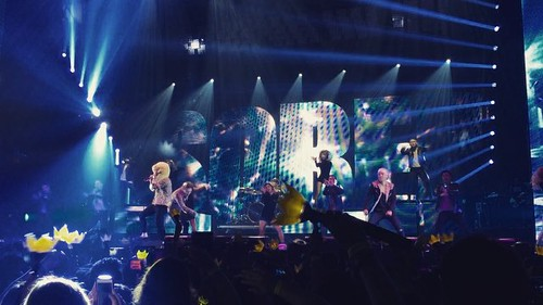 Big Bang - Made Tour 2015 - Anaheim - 04oct2015 - ravenbutters - 02