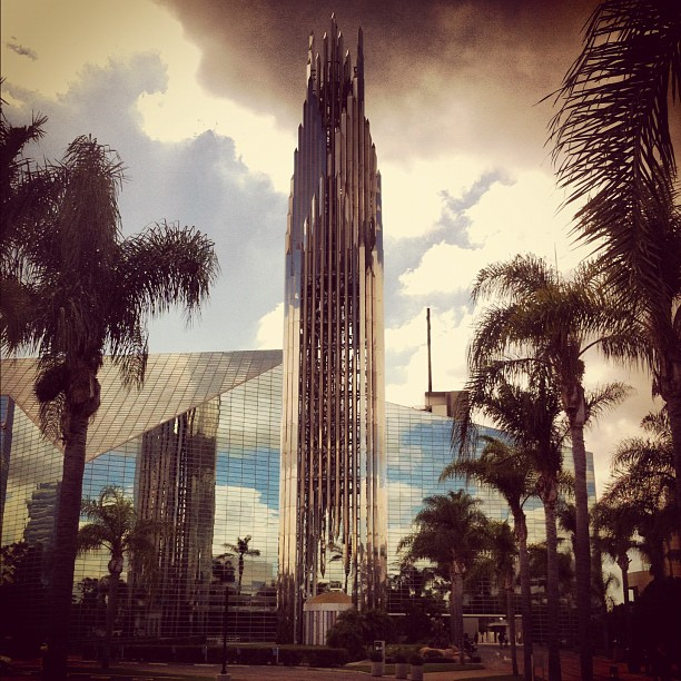 Ах да забыл, вот еще Crystal Cathedral