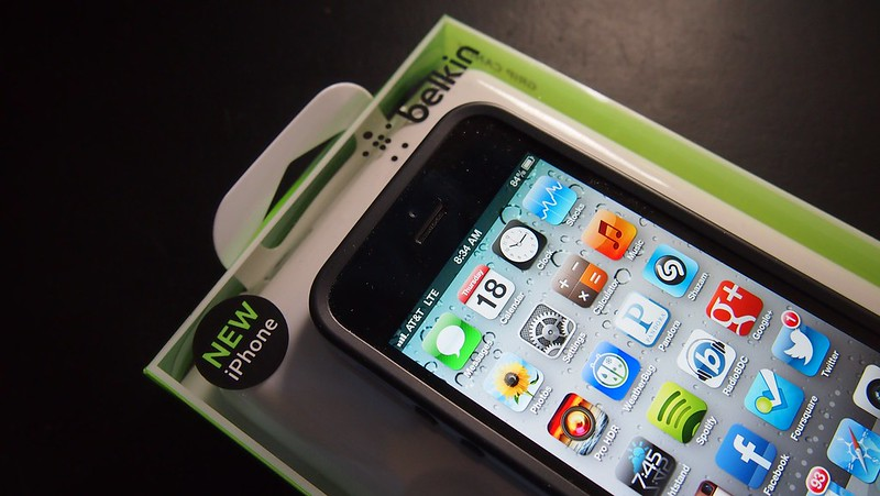 Belkin Grip Candy iPhone 5 Case