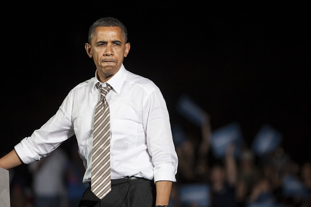 Obama on Cleveland Tarmac-16