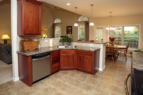 Kitchen with stainless steel appliances in Flatrock Ridge