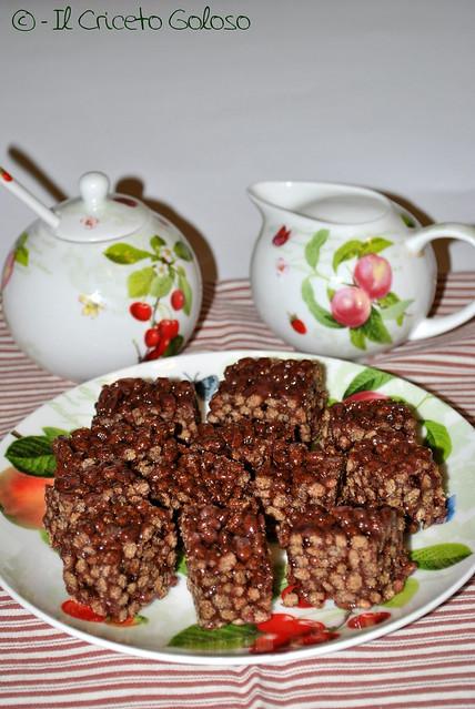 Cubotti di riso soffiato (2)