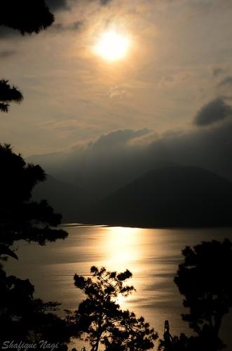 """sunset india landscapes nikon lakes meghalaya """"nikonflickraward"""" """"flickraward"""" """"nikonflickrawardgold"""" """"nikonflickrawardplatinum"""" """"flickraward5"""" """"flickrawardgallery"""""""