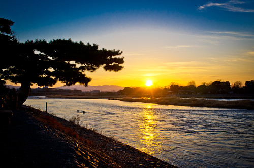 sun japan sunrise river kyoto raw fuji arashiyama 京都 嵐山 lightroom 初日の出 x100 finepixx100