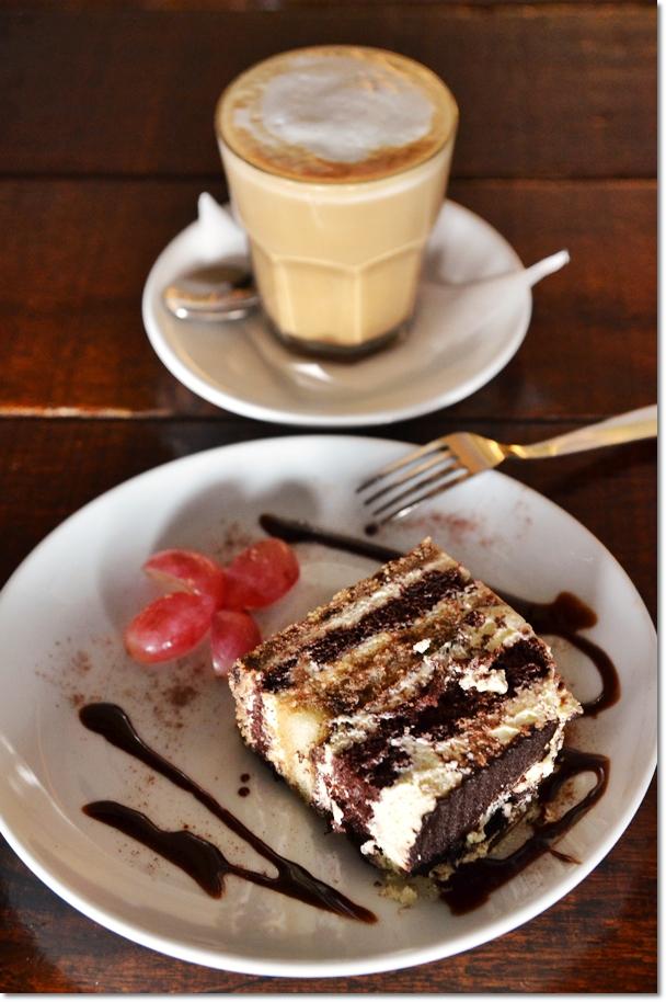 Tiramisu & Latte