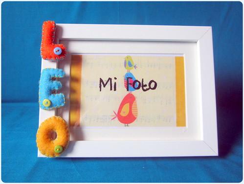 Marco de Fotos con letras en Fieltro - Leo - ChikiPol