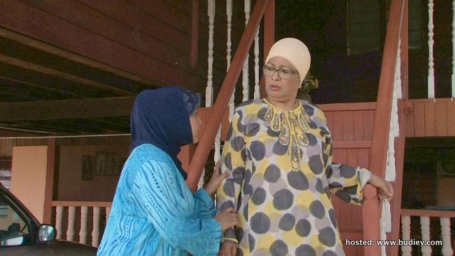 Mak Lang Datang Kompang Bergendang (pix 2)