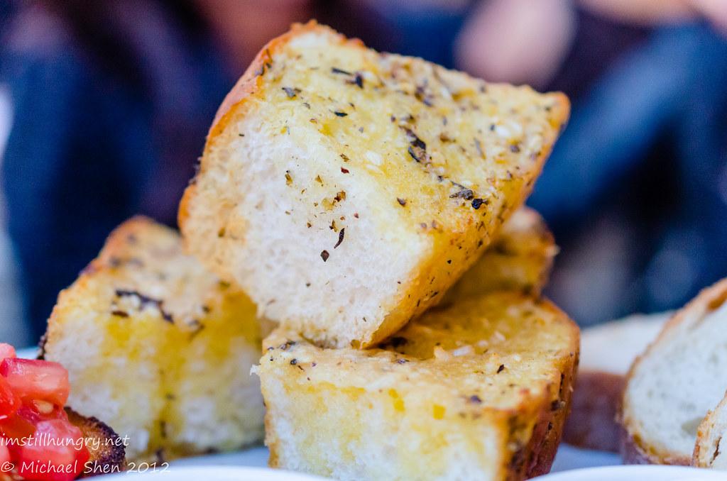 Casa Di Nico - garlic bread