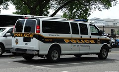 Pittsburgh PA Police - Chevrolet Express (2)
