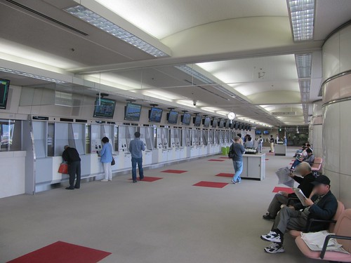 京都競馬場5階の馬券売り場