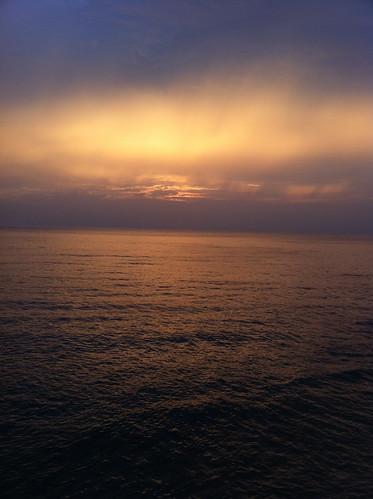 響灘の夕日