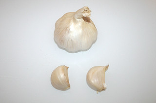 03 - Zuat Knoblauch / Ingredient garlic
