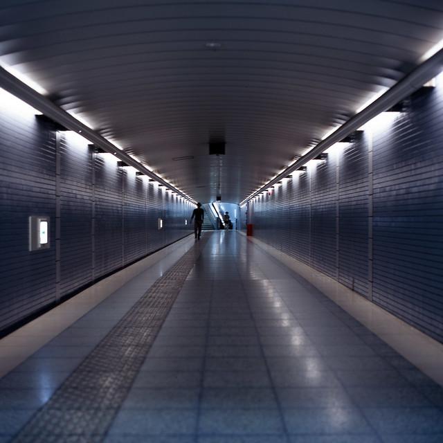 一直線のトンネル
