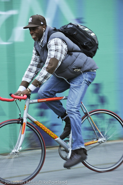 People on Bikes - Manhattan Bridge-30