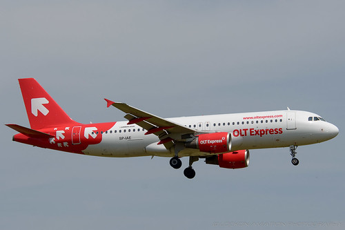 30-Jun-2012 WAW SP-IAE A320-214 (cn 1454) / OLT Express