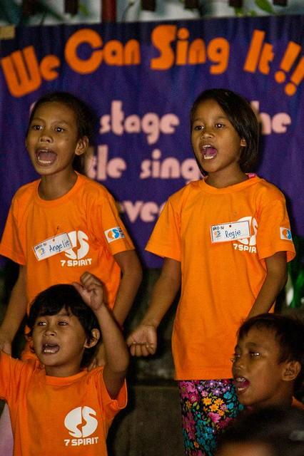 スラムの音楽教室inフィリピン-学校で学べない子ども達にオーケストラで教育を!_02