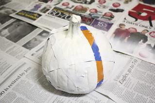Halloween pumpkin: Step 5