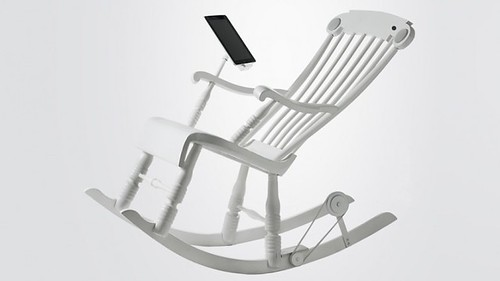 Кресло-качалка iRock генерирует электричество для iPhone и iPad