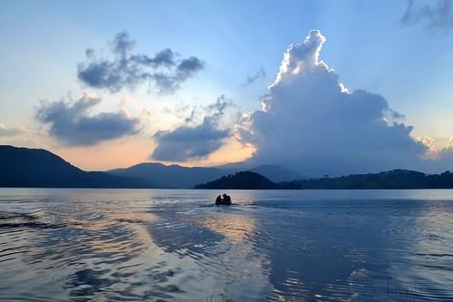 travel sunset india mountains nature landscape boat asia day cloudy reflexion shillong hillstation meghalaya barapani umiamlake d3100 nikond3100
