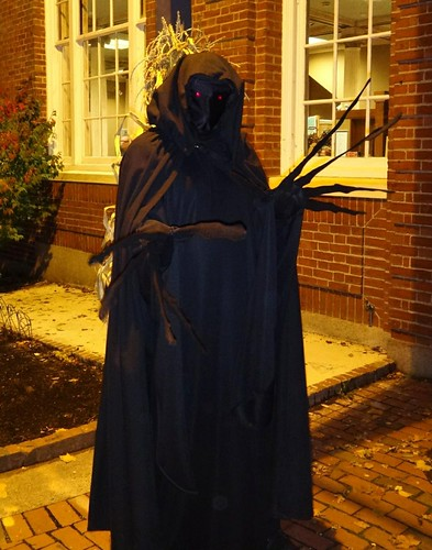 2012 Halloween Salem Creep Lit