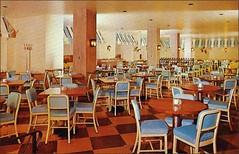 The Patio Coffee Shop Milwaukee Hotel Schroeder 1960s