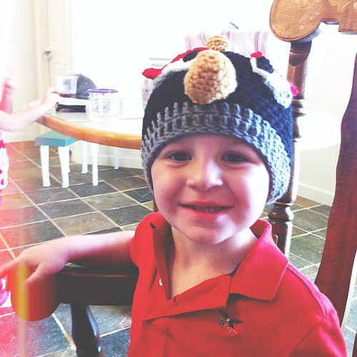 Koen LOVES his Angry Bird hat!!! {made by @nanibear51} @jennreddish @mrfullauto