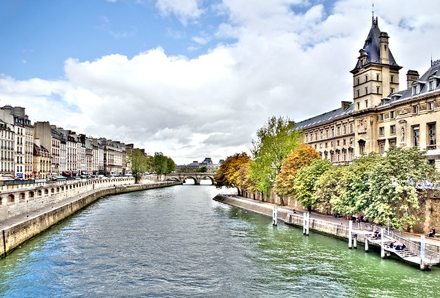 Paris les long des quais (HDR)