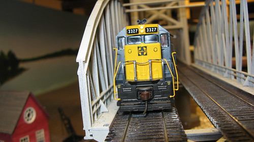 H.O  Scale  Santa Fe freight train crossing the Missisippi River lift bridge. by Eddie from Chicago