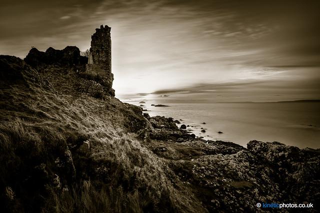Dunure Castle [IMG_9040_2_3_fused]