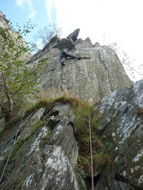 Sat, 2012-10-06 15:23 - In The Brand, Leicestershire, E4 6a.  Belayed and shot by Graeme.  ©Graeme Baxter