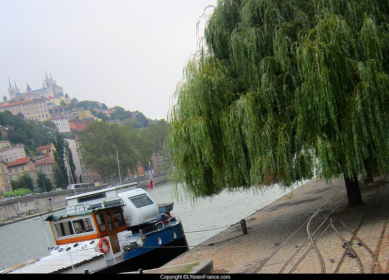 Lyon+quais+Saône+rails+tramway