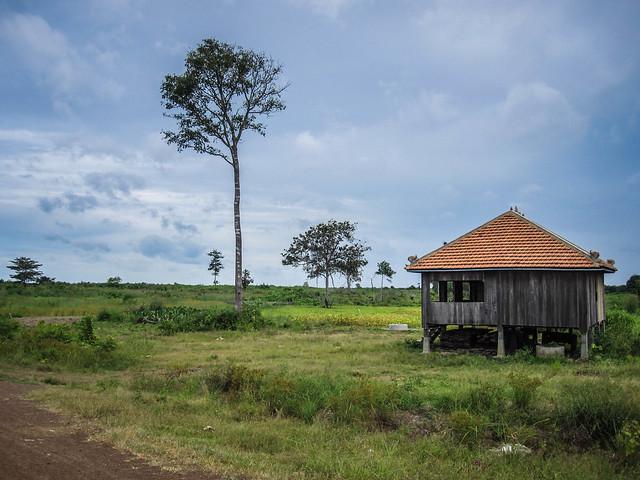 house on stilts cambodia