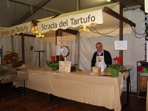 Prosegue la tartufesta 2012 a carbonara di po mantova piatti prelibati della cucina - La cucina mantova ...