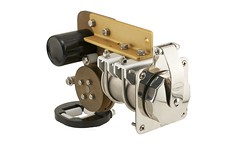 [05010] CM-4 30A Cablemaster (Right, Angled)