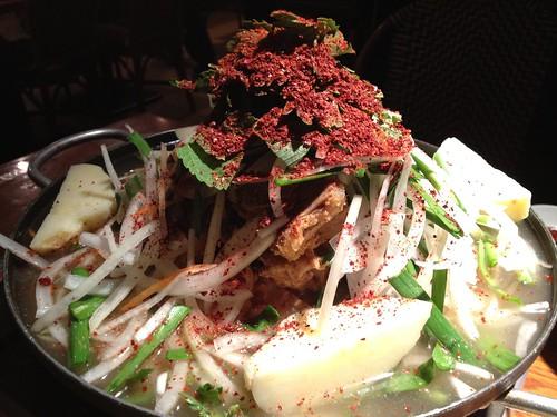 これで中サイズのカムジャタン鍋@韓国食堂 ジョッパルゲ