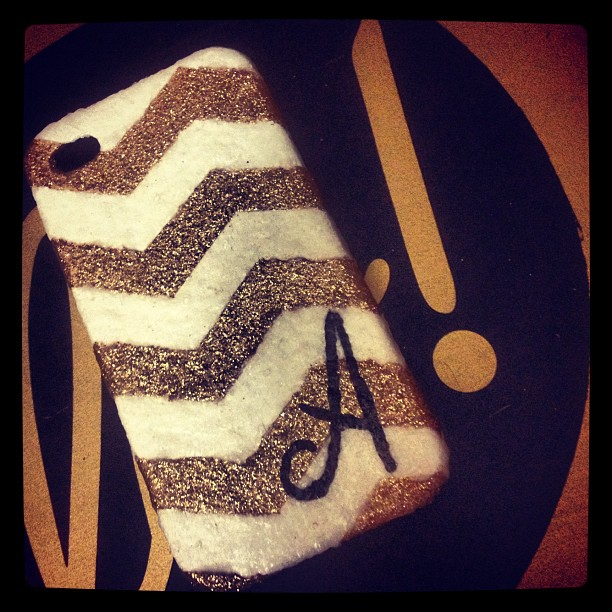 Absolutely in love with the results of my impromptu #iphone case #diy project! #monogram #glitter #chevron #gold