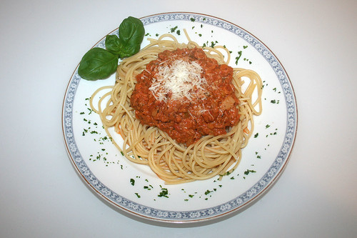 42 - Spaghetti al tonno - Gericht serviert