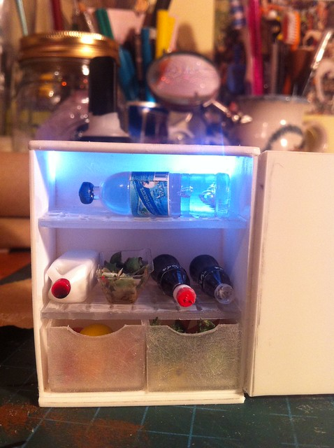 1/12th scale 'working' Fridge
