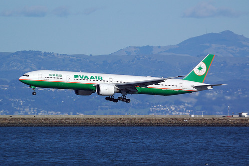 B-16712, B777-35EER EVA Air, BR18 TPE - SFO, San Francisco International (SFO), 27. 1. 2013