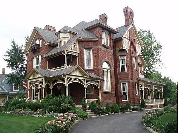 brick queen anne ohio
