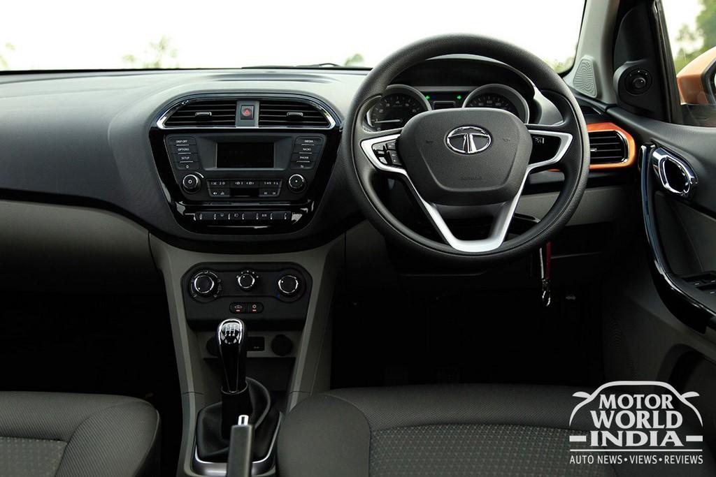 Tata-Tiago-Interior-Dashboard (6)