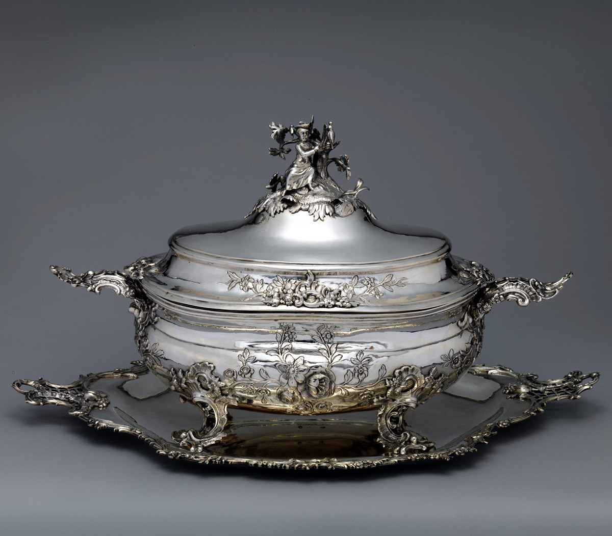 1771 Tureen and stand. Silver, silver gilt. German, Augsburg. metmuseum