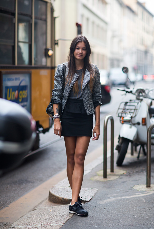 chics_kicks_skirt_stockholm_streetstyle_sneakers_trainers